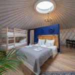 Izera Glamping - Luksusowe jurty w górach Izerskich - niebieska (9)