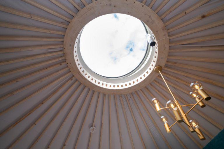 Izera Glamping - Luksusowe jurty w górach Izerskich - zielona (1)