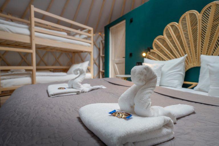Izera Glamping - Luksusowe jurty w górach Izerskich - zielona (13)