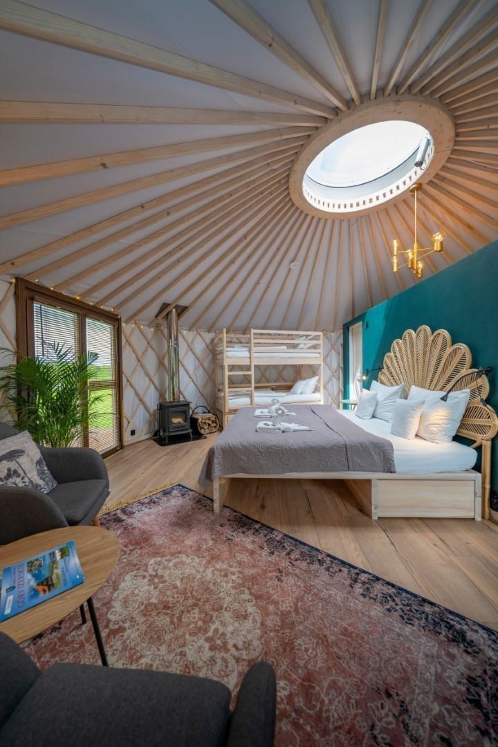 Izera Glamping - Luksusowe jurty w górach Izerskich - zielona (14)