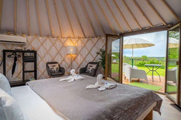 Izera Glamping - Luksusowe jurty w górach Izerskich - zielona (18)