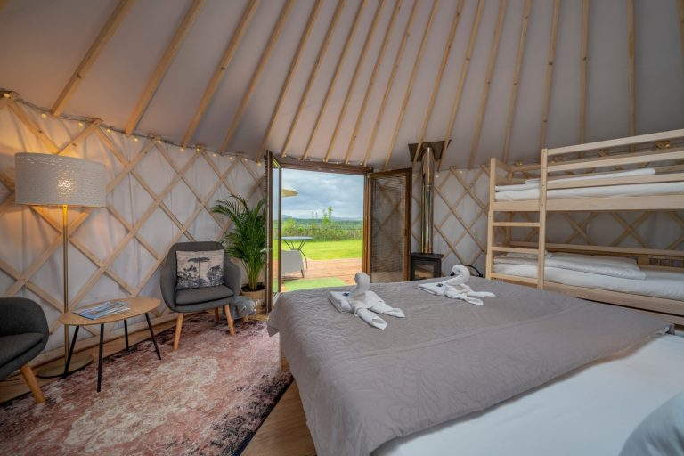 Izera Glamping - Luksusowe jurty w górach Izerskich - zielona (20)