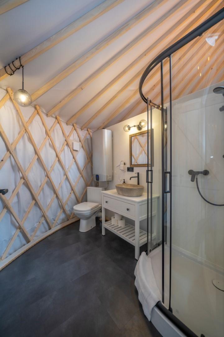 Izera Glamping - Luksusowe jurty w górach Izerskich - zielona (8)